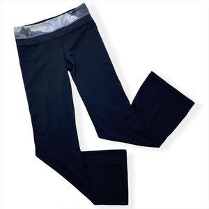 Lululemon Groove Black Flare Low Rise Pants Size 6